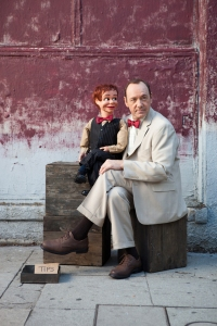 Kevin Spacey and a dummy