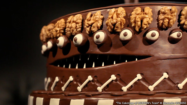 Amazing Animated Zoetrope Cake Inspired by the Work of Tim Burton