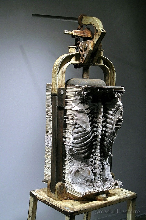 Anatomical Carved Sculptures by Maskull Lasserre