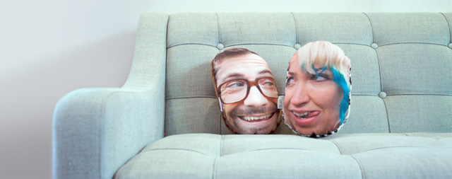 PillowMob, Create Custom Puffy Photo Pillows of Your Face