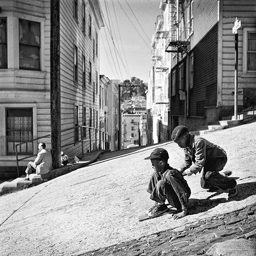 Steep hill, North Beach 1952 1002366