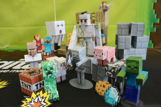 Minecraft Papercraft Studio