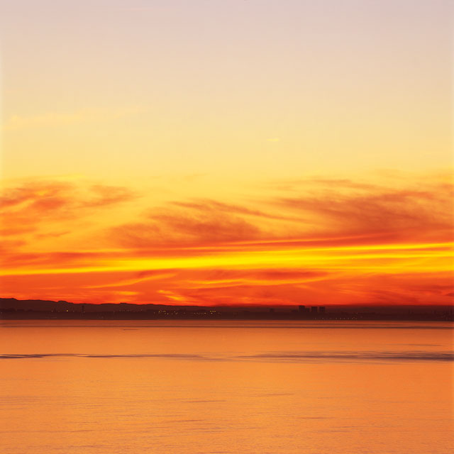 6:30 AM Series, Photos of the Exact Same Ocean View Taken at 6:30 AM Throughout 2003