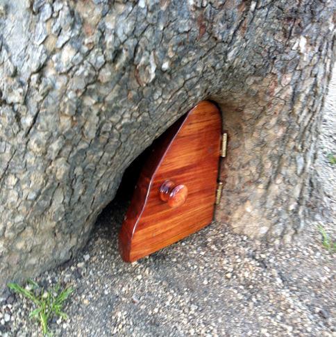 Tiny door in Golden Gate Park & Mysterious Tiny Door Discovered in Tree in San Francisco\u0027s Golden ...