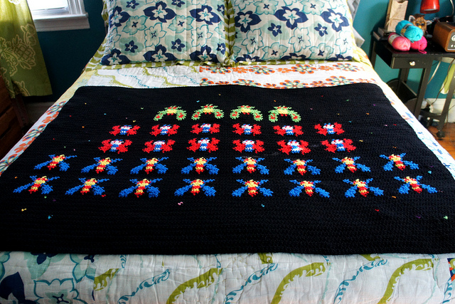 Crocheting Games : Crocheted Retro Video Game Throw Blankets