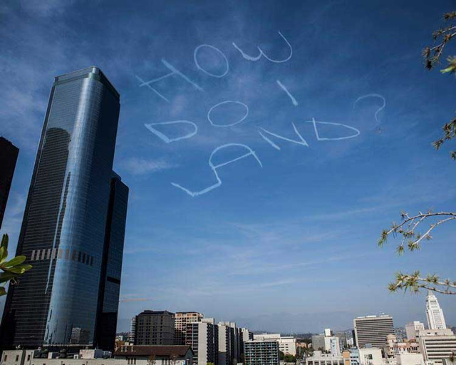 Comedian Hires Pilot to Skywrite a Joke Over Los Angeles