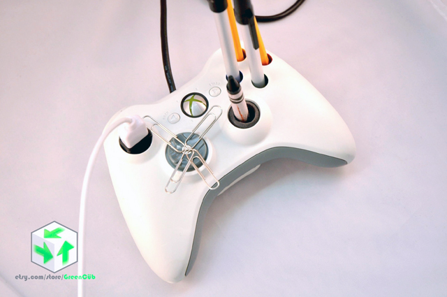 Xbox 360 Controller Desk Mate