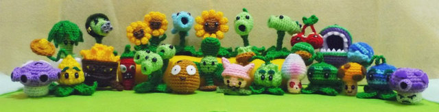 Detailed Crocheted Versions of ?Plants Vs. Zombies? Characters