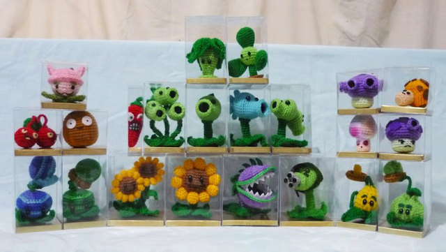Crochet Plants Vs. Zombies