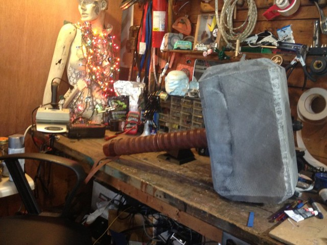 Thor's Hammer Replica Capable of Producing 80,000 Volts of Electricity