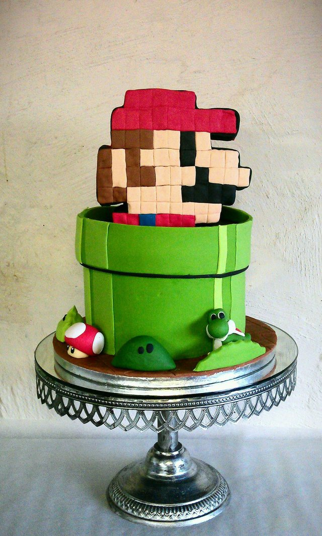 Amazing Cake Designs Easy : Amazing Mario Cake Blends 8-Bit and Modern Character Designs