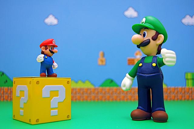 Mario vs. Super Luigi