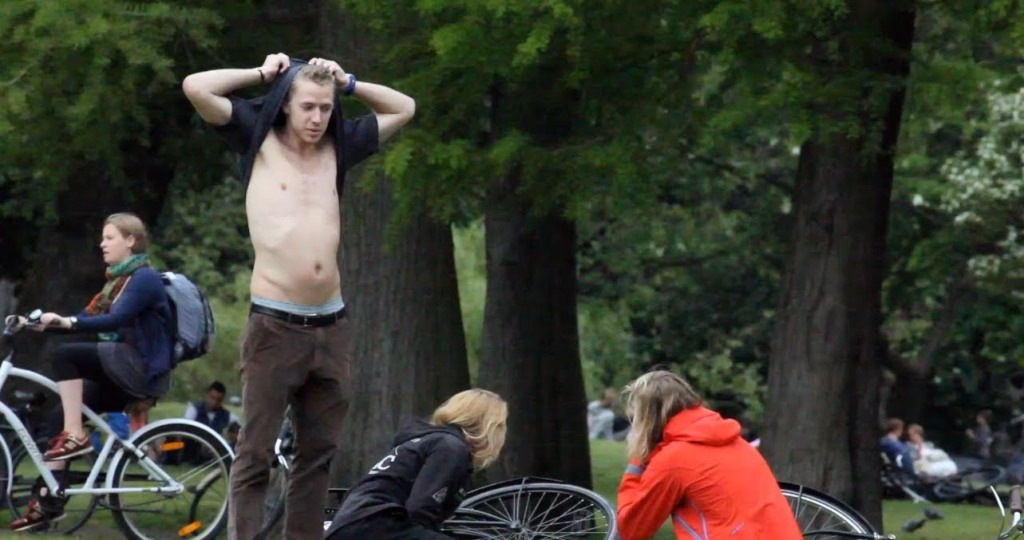 WTF-ing, Guy Approaches Strangers in Amsterdam & Randomly Starts Slapping His Stomach