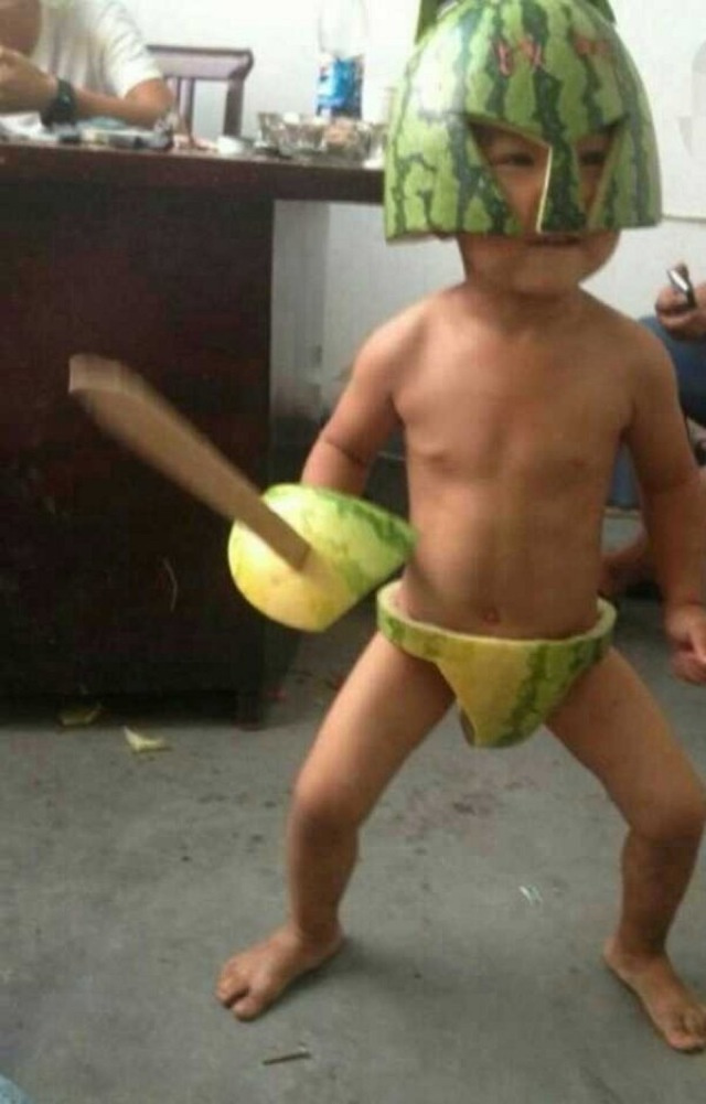 Kids in China Wearing Watermelon Rinds in Funny Fashion Craze