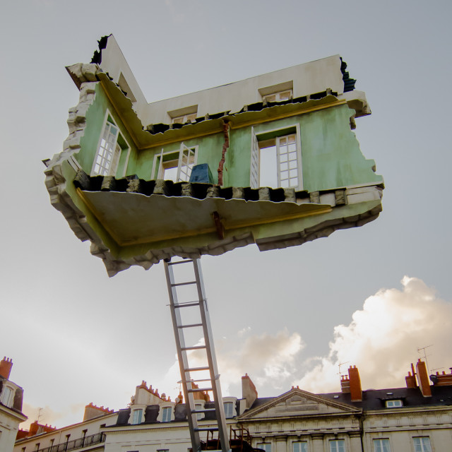 Monte Meubles by Leandro Erlich