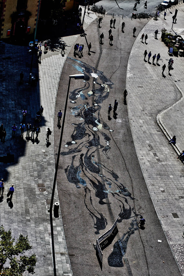 Shadow art by Herbert Baglione
