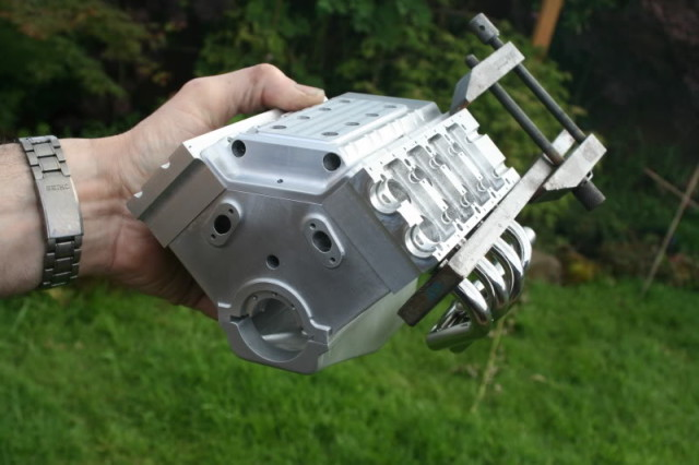 1/4 Scale V8 Engine