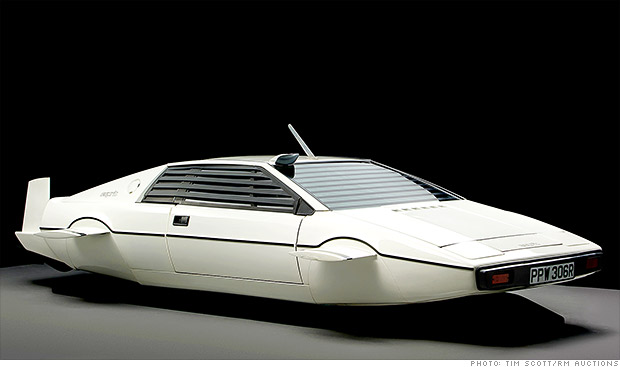 Elon Musk Jame Bond submarine car