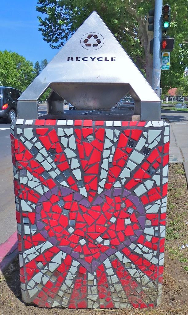 Mosaic Tile Trash Cans
