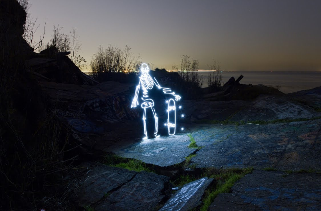Light Goes On, Light Painting Animation of a Skateboarding Skeleton