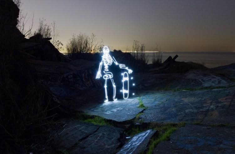 Light Goes On, Light Painting Animation of a Skateboarding Skeleton