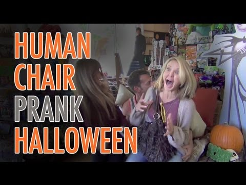 Magician Dresses Like a Chair & Spooks People Who Sit on Him