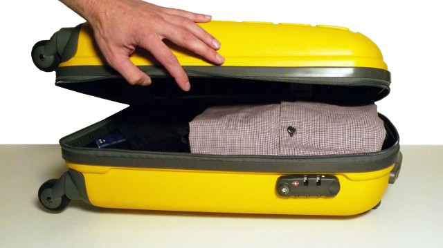 Useful Tips and Life Hacks For Packing a Travel Suitcase