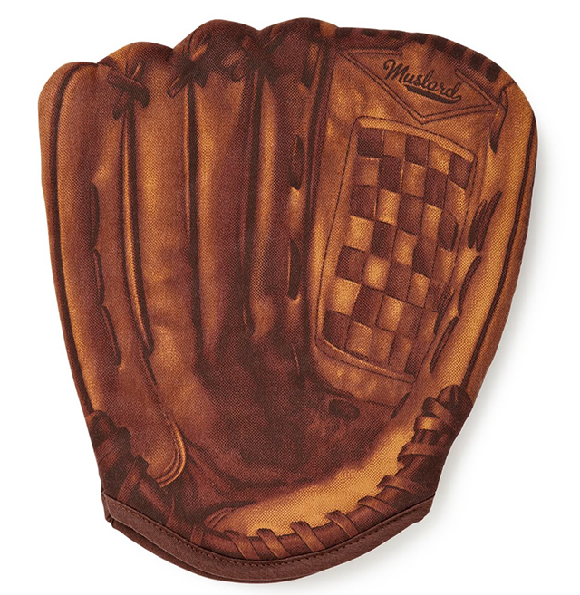 Baseball mit shaped oven glove