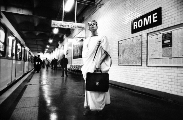 Métropolisson Photo Series Turns Paris Metro Station Names into Visual Puns