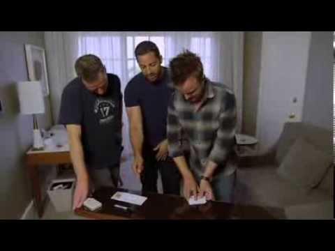 Magician David Blaine Suprises Bryan Cranston & Aaron Paul With a Card Trick