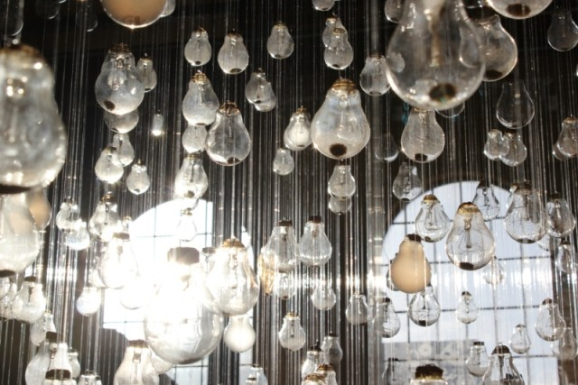 Ephemeral Rays Light Bulb Installation