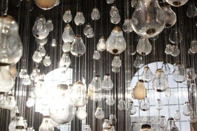 Ephemeral Rays Light Bulb Installation