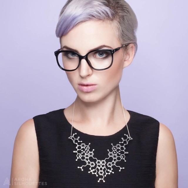 aroha_silhouettes_overdose_molecule_necklace
