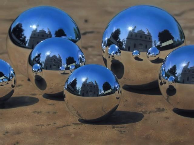 Photorealistic paintings by Jason de Graaf