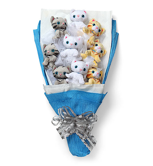Plush Kitten Bouquet