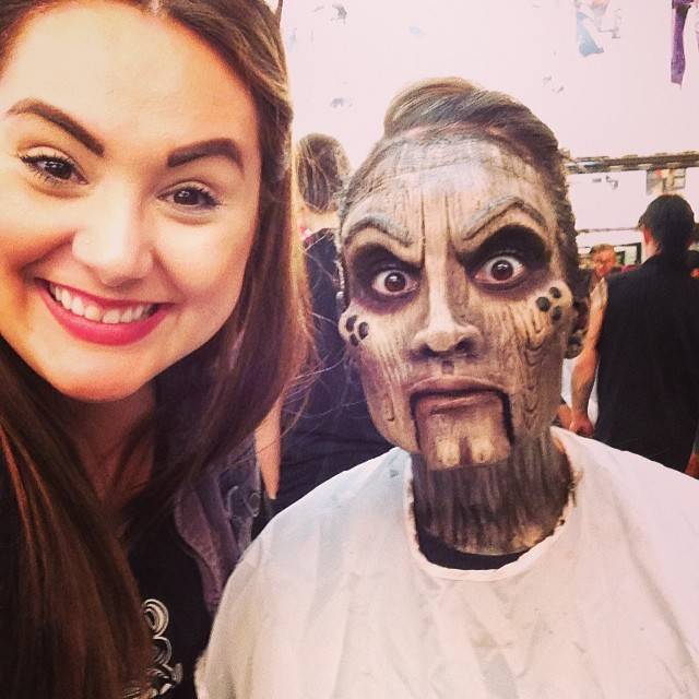 makeup artist turns her friend into a creepy wooden doll