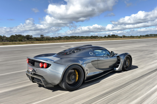 Hennessey Venom GT Breaks Speed Record for Sports Cars