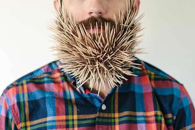 Will It Beard, A Tumblr Blog Featuring Photos of a Man with Household Objects Stuck in His Beard