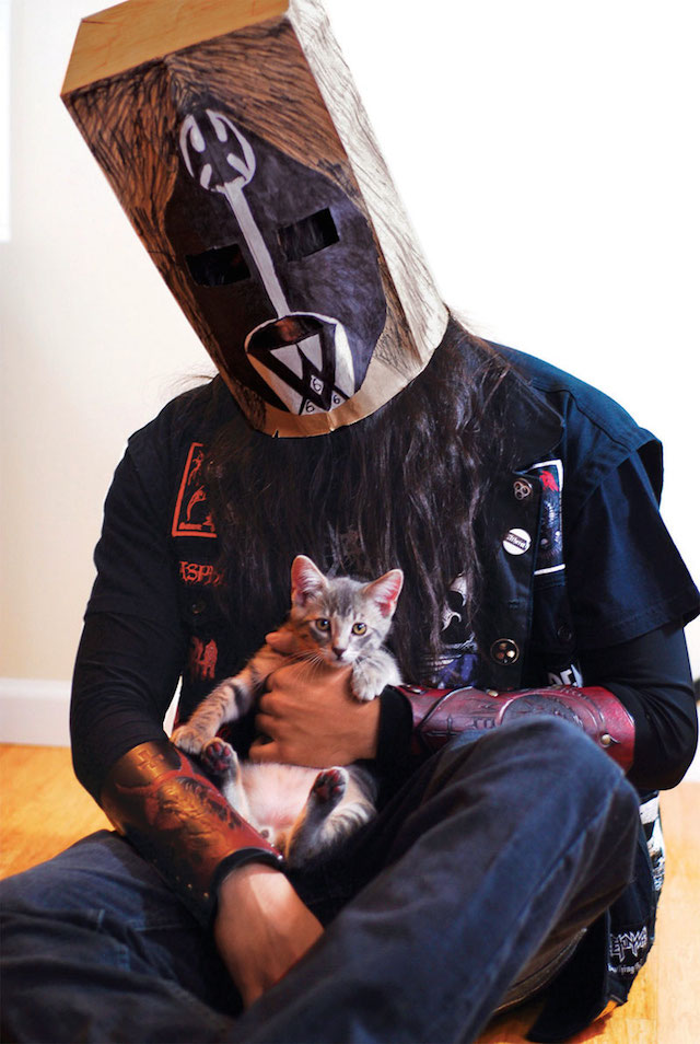 Metal Kitten With Bag Head
