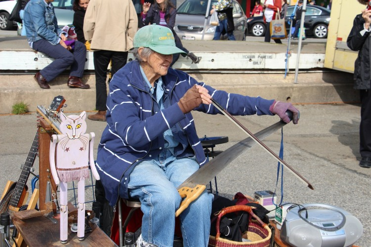 Fundraising Campaign to Help Jackie Jones, The 88-Year-Old One-Woman Band in San Francisco