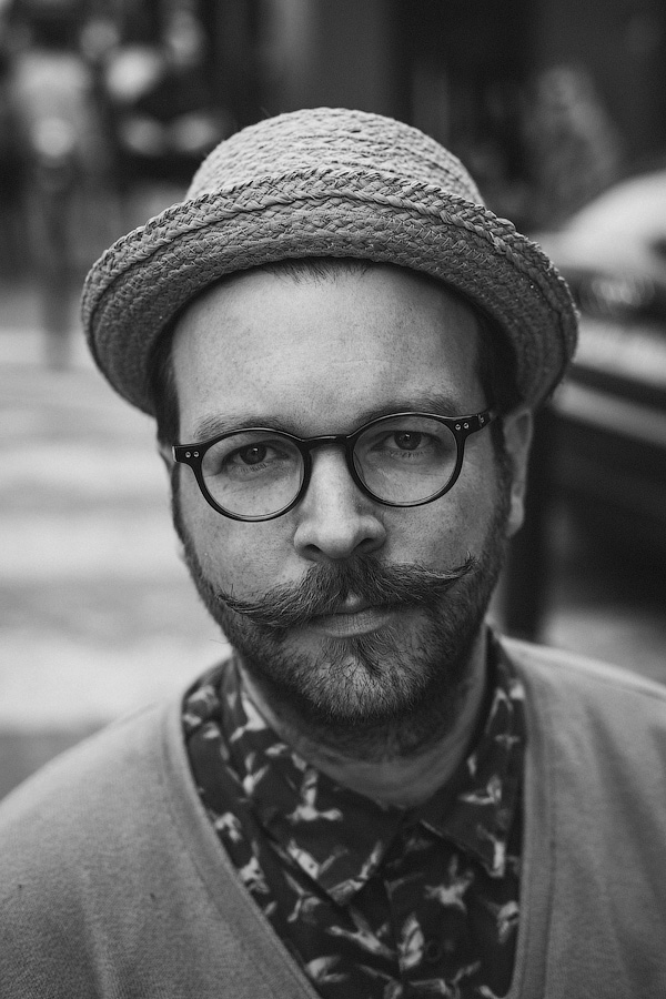 365 Parisienes - Hat Glasses Beard