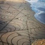 Mussels II,  Andres Amador's Latest Large Scale Sand Art Installation in San Francisco