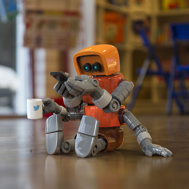 3D Models of Cute Robots in Real World Situations