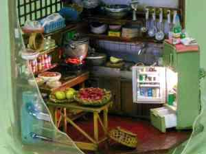 Tiny Kitchen in Japanese Kirin Ad