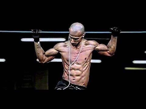 Vegan Calisthenics Expert Frank Medrano Demonstrates His Intense Bodyweight Workouts