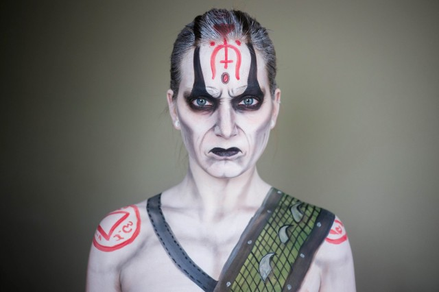 Artist Elsa Rhae Transforms Herself into Characters with Makeup