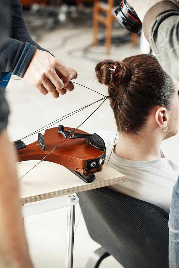Artist Makes Working Musical Instrument with His Own Hair