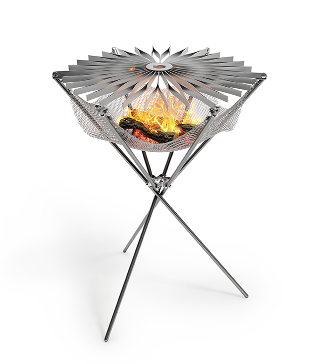Grillo, A Portable Stainless Steel Barbecue That Folds Up Like an Umbrella
