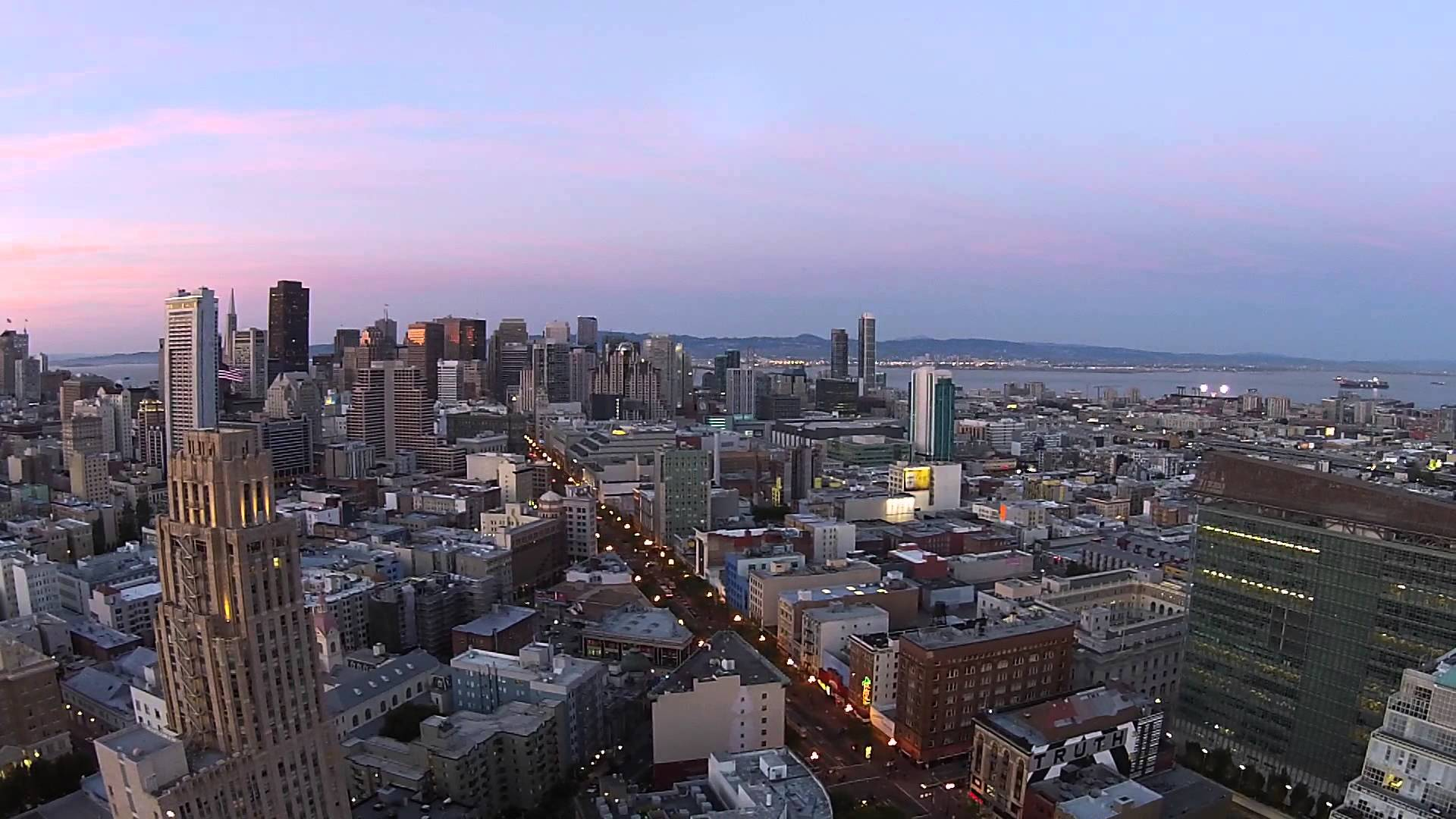 Beautiful aerial drone videos of san francisco for Sf contact nackenkissen small