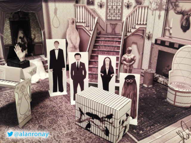 Papercraft Addams Family Mansion